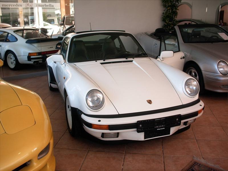 Porsche 930 09