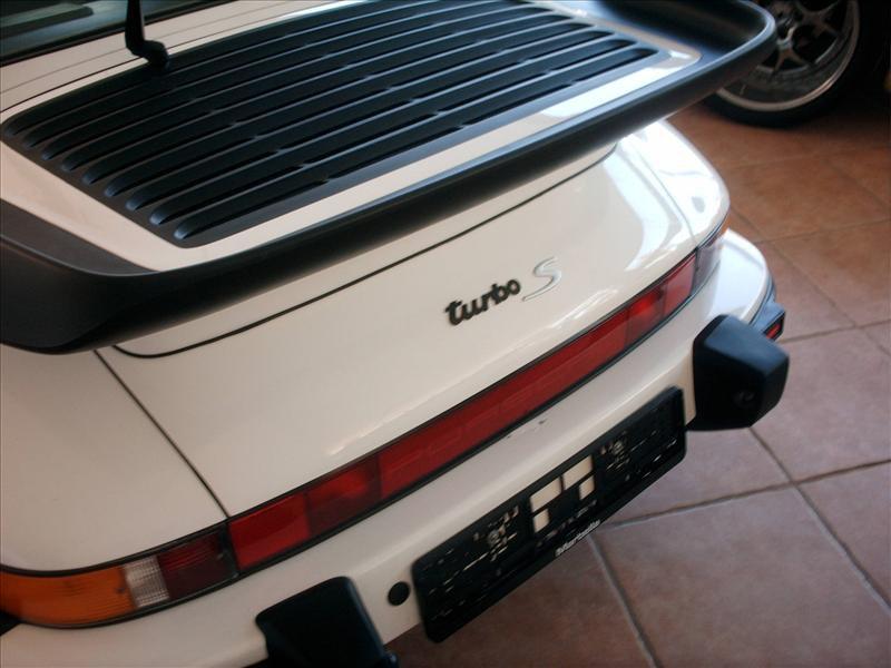 Porsche 930 12